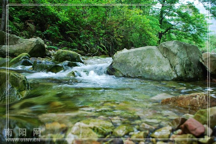 壁纸 风景 山水 摄影 桌面 700_468