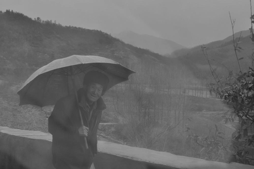 《土窑烧制木炭》-民风民俗-36行南阳社区-36.01ny