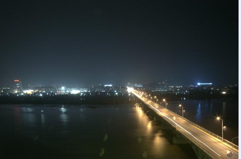 淅川金河大桥迷人的夜景