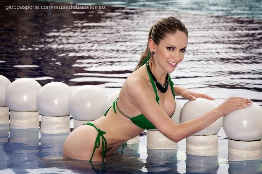 巴西联赛票选最美足球女神