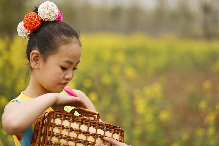可爱儿童伤心图片
