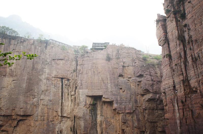 山崖上的村庄--郭亮村(照片)