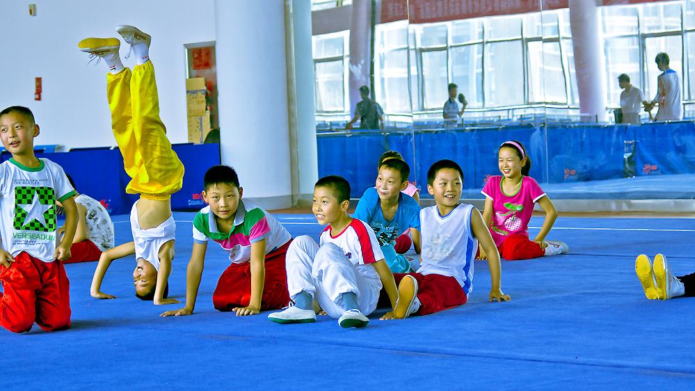 少儿体育_怀化第四届少儿体育舞蹈大赛开赛