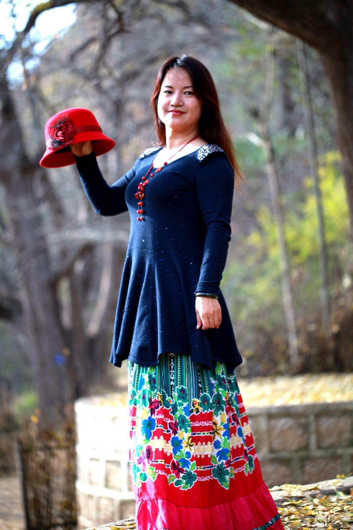 美女部嵩县白河镇下庙村作业直播-树下生态-行木木美女采风图片