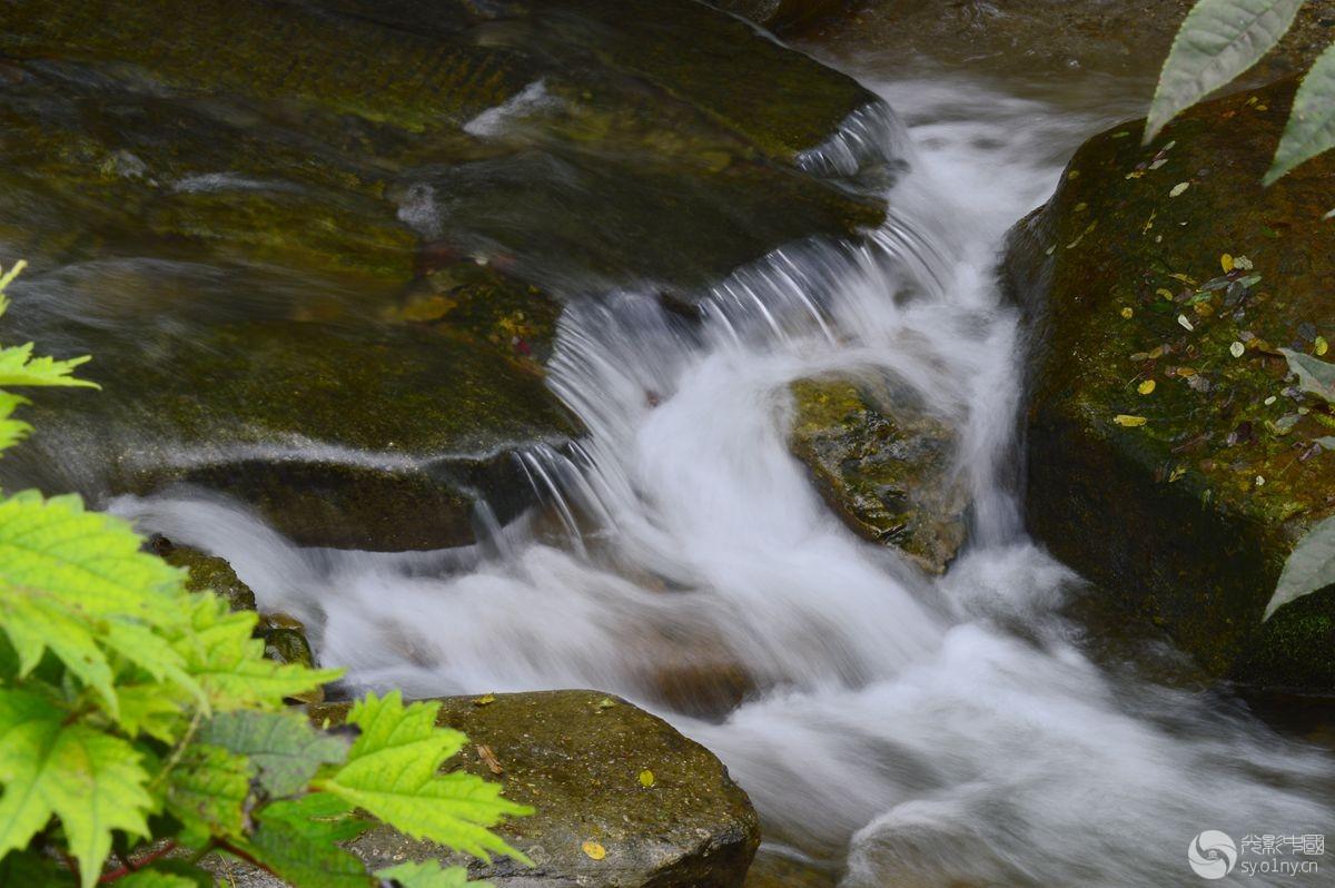 壁纸 风景 旅游 瀑布 山水 桌面 1200_798