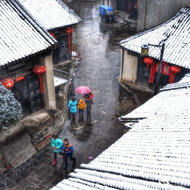 1330古镇初雪.jpg