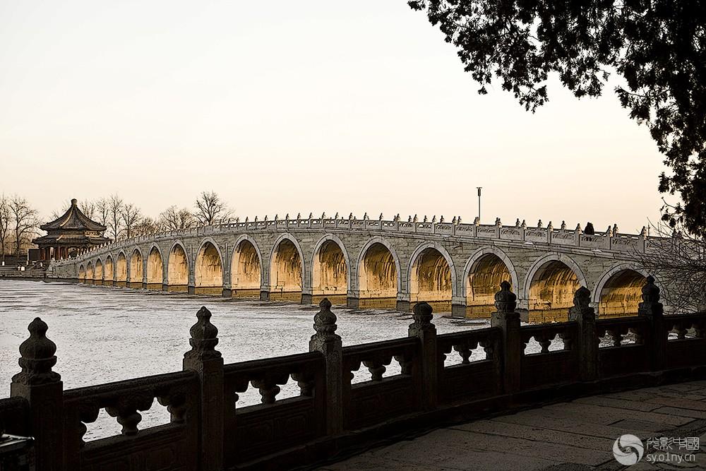 25.  颐和园—十七孔桥    陈晓历摄.jpg