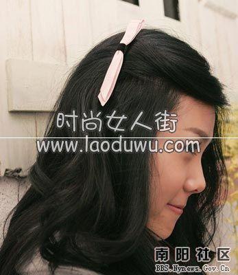 8种发饰戴法 迅速提升你的发型魅力