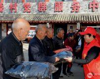 南阳市社区志愿者协会开展百名志愿者文明乡村行走进石桥镇活动 7
