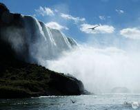 尼亚加拉大瀑布[三]