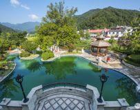 财富山庄游泳池