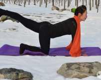 金韵部:雪地瑜伽