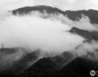 山色空蒙雨亦奇