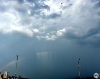 彩虹上的云