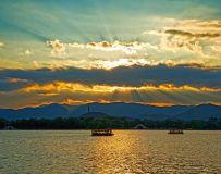光影中国网2020年第9期月赛:霞光›(颐和园的霞光)组照。1
