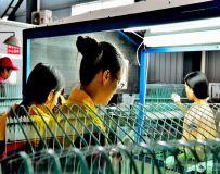 玻璃质检工人