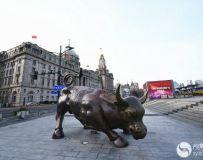 上海紧贴社情民意创新疫情防控宣传形式