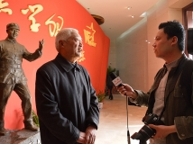 【13年第6期月赛】CCTV采访雷锋的战友
