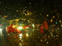温暖的雨夜