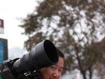 挤眼,习惯了--枫林小路--省会著名摄影师