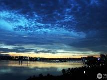 夜幕下的丹江口