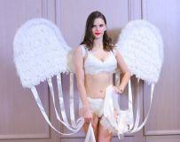 戴翅膀的女人