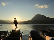 泸沽湖日落