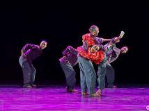 舞蹈《中国母亲》