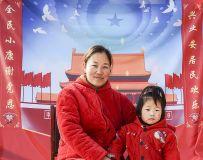 为山区留守儿童、老人及全家福拍照(4)