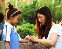 """""""妈妈""""的端午礼物——拍摄于菊潭学校"""