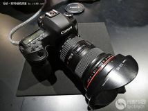 10月开售 佳能5D4配备CFast和SD双卡槽