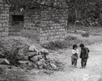 石头村的孩子