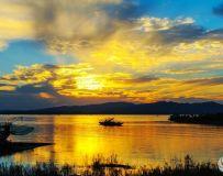 《霞映丹江湖》