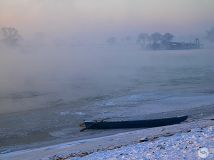 雾锁松花江