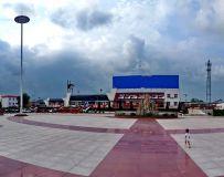 镇平火车站广场