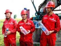 《大众摄影》联谊会投稿 《石油工人》 (组照)