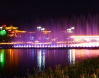 温凉河夜色
