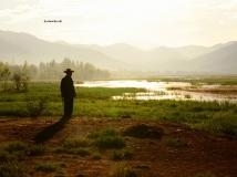 5月泸沽湖的光与影