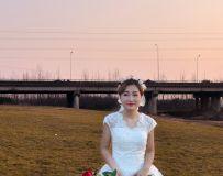 蹭拍婚纱照