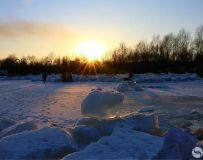 北岸残冰化春水