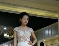 婚纱模特6