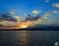 夕阳闪闪亮