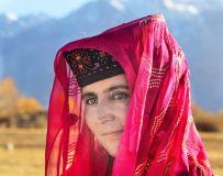 塔吉克族女人