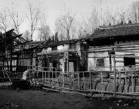 《百年老屋》