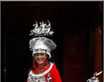 喜兴街行红装银饰