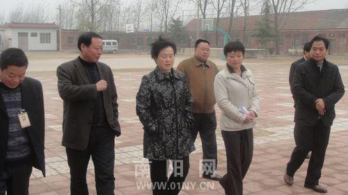 南阳市政府督导评估方城县教育工作