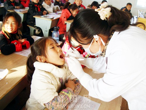 西峡:关爱儿童牙齿健康-图片要闻-南阳网